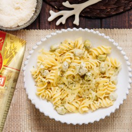 Fusilli with chicken breast